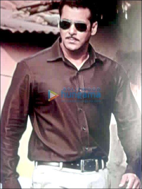Salman Khan tweets his images from Dabangg   1440826   Bollywood ...