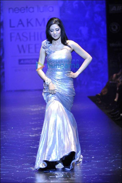 18f7bbb95f968 Sridevi at Neeta Lulla s show for Lakme Fashion Week 2010