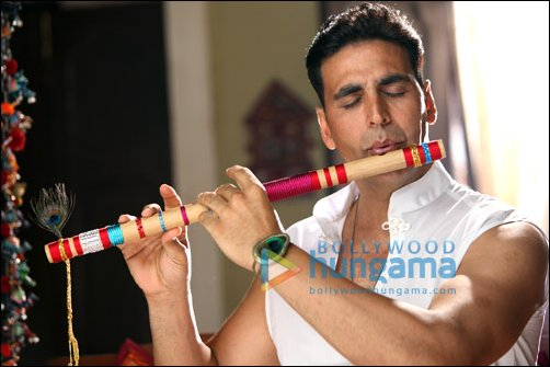 Check Out Akshay as Lord Krishna in OMG Oh My God