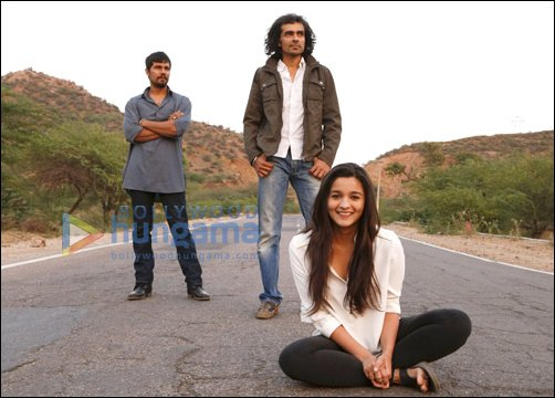 http://images.bollywoodhungama.com/img/feature/13/mar/highway2.jpg