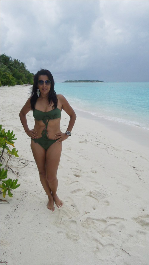 Pooja Bedi celebrates her 45th birthday with a beach