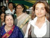 Susheela Patel, Amisha Patel
