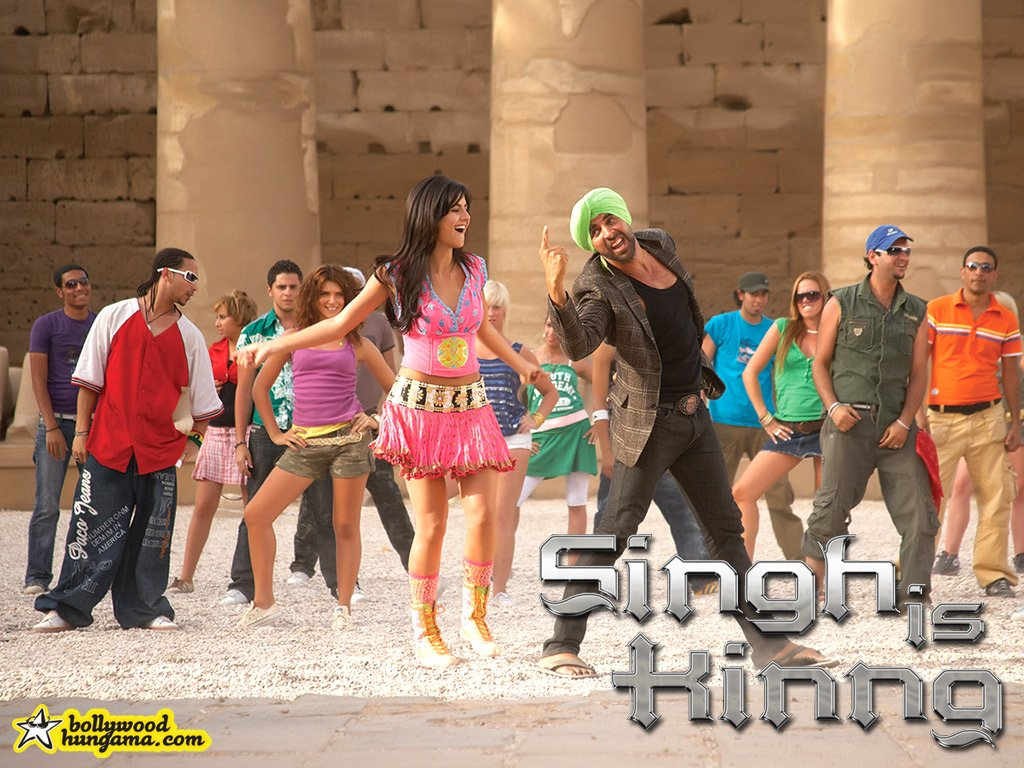 http://images.bollywoodhungama.com/posters/movies/08/singhiskinng/still11.jpg