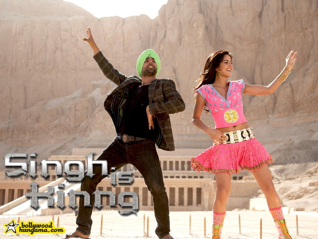 http://images.bollywoodhungama.com/posters/movies/08/singhiskinng/still15.jpg