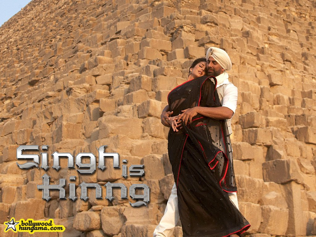 http://images.bollywoodhungama.com/posters/movies/08/singhiskinng/still17.jpg