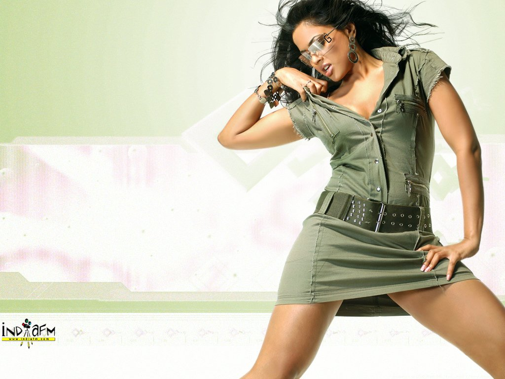 http://images.bollywoodhungama.com/posters/sameera/sameera24.jpg